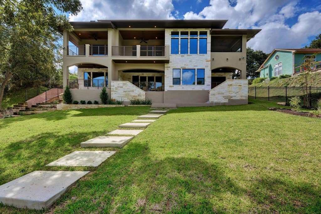 Best Lakefront Austin Home With Dock Houses For Rent In With Pictures