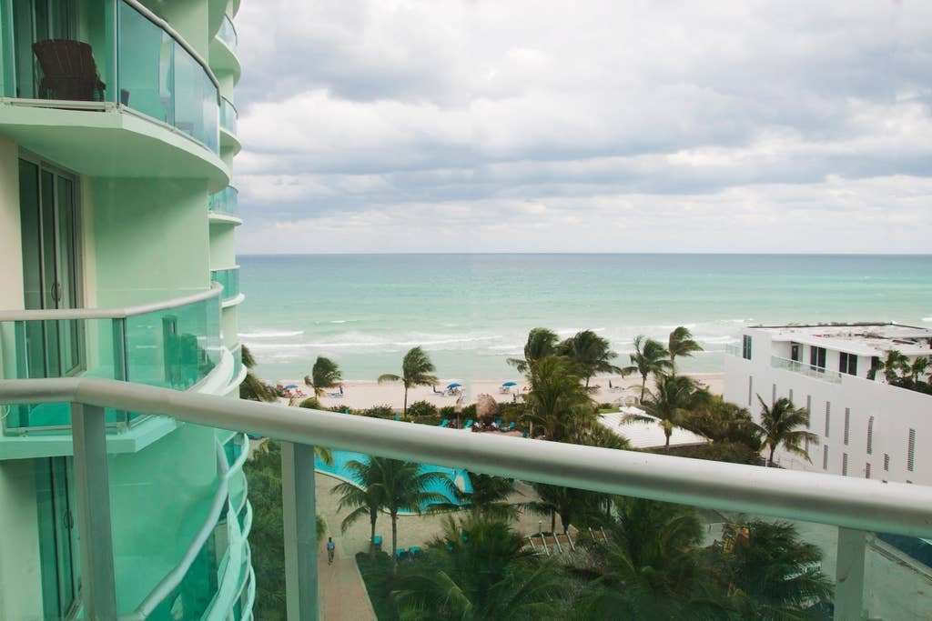 Best Sea View Apt In Hollywood Beach Condominiums For Rent In With Pictures