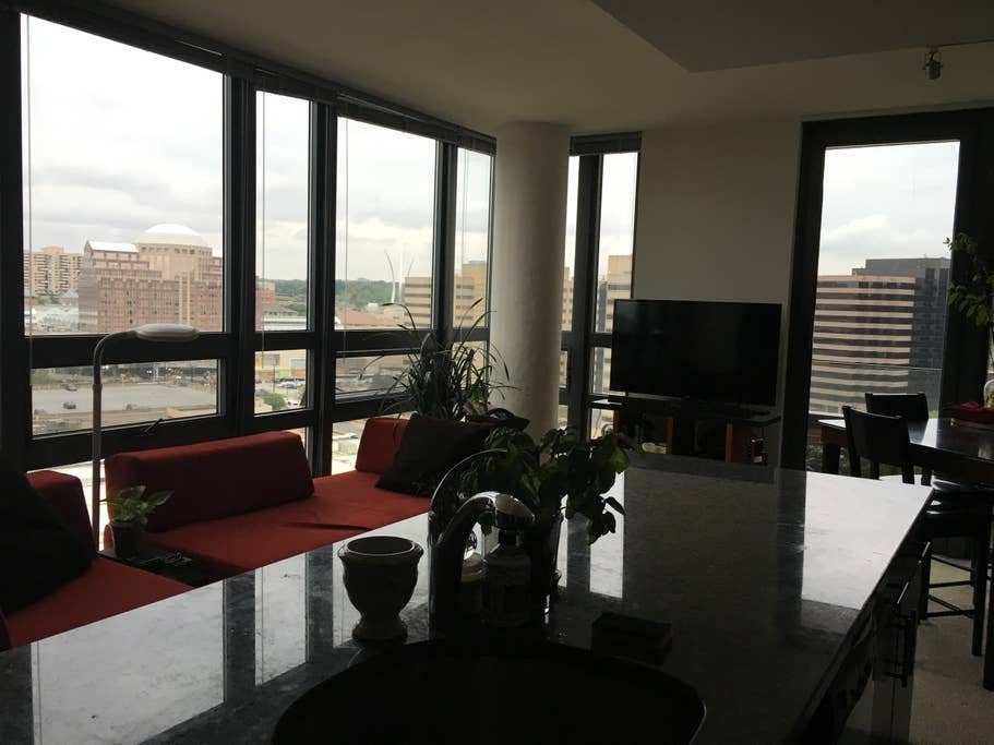Best Pentagon City Near To The Metro Apartments For Rent In With Pictures