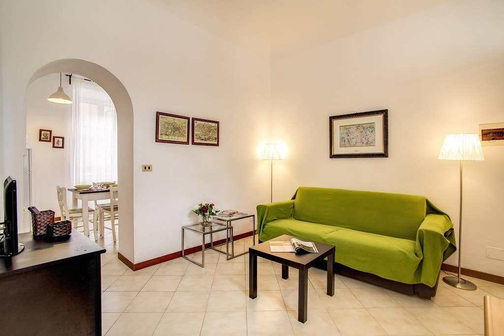Best Colosseo 2 Bedroom Walking Distance Apartments For Rent With Pictures