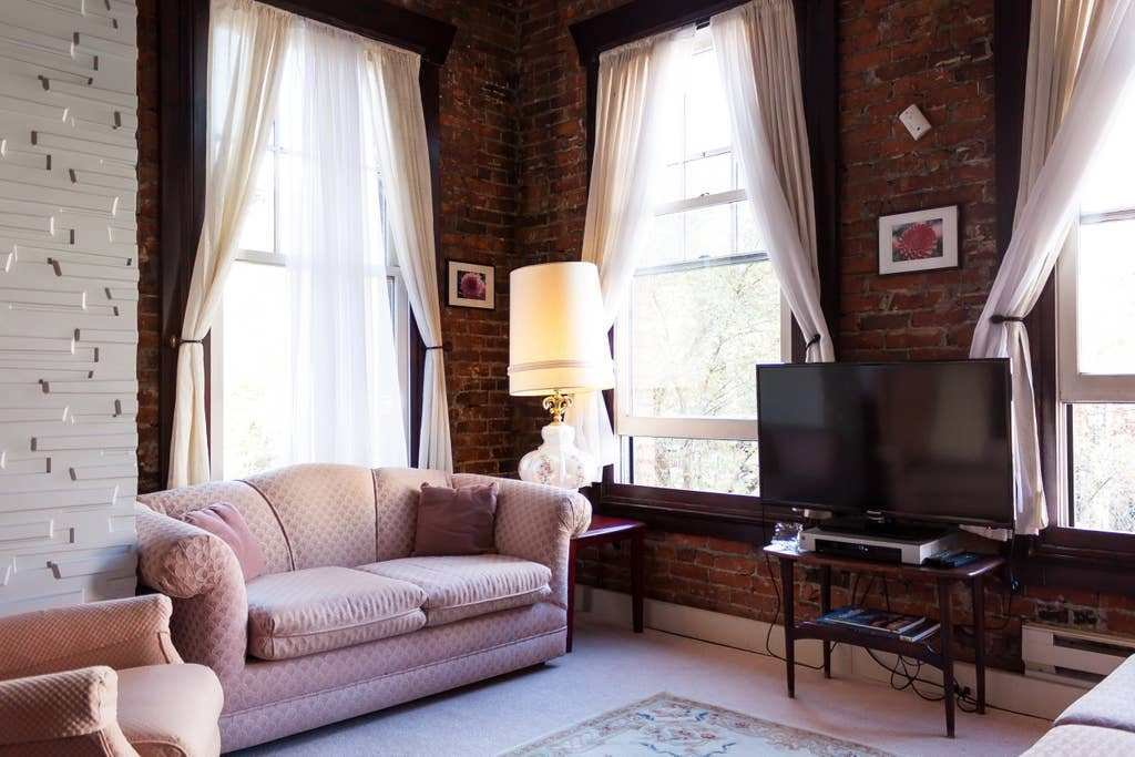 Best Historic One Bedroom Apartment 302 Apartments For Rent With Pictures