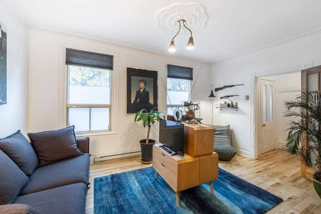 Best Emma Two Bedroom Apartment In The Plateau Apartments For With Pictures