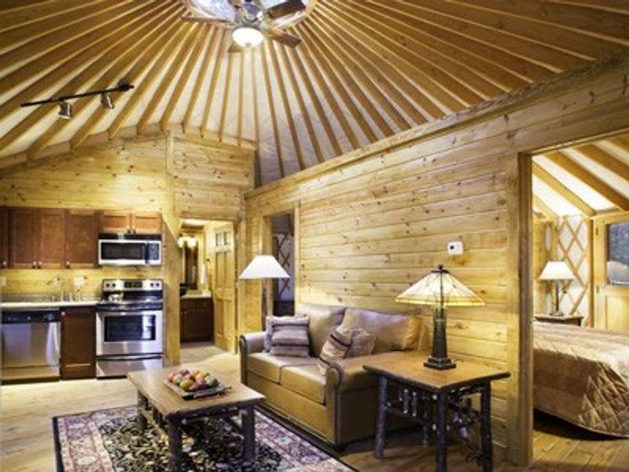 Best Glamorous 2 Bedroom Yurt Sleep 6 Yurts For Rent In With Pictures