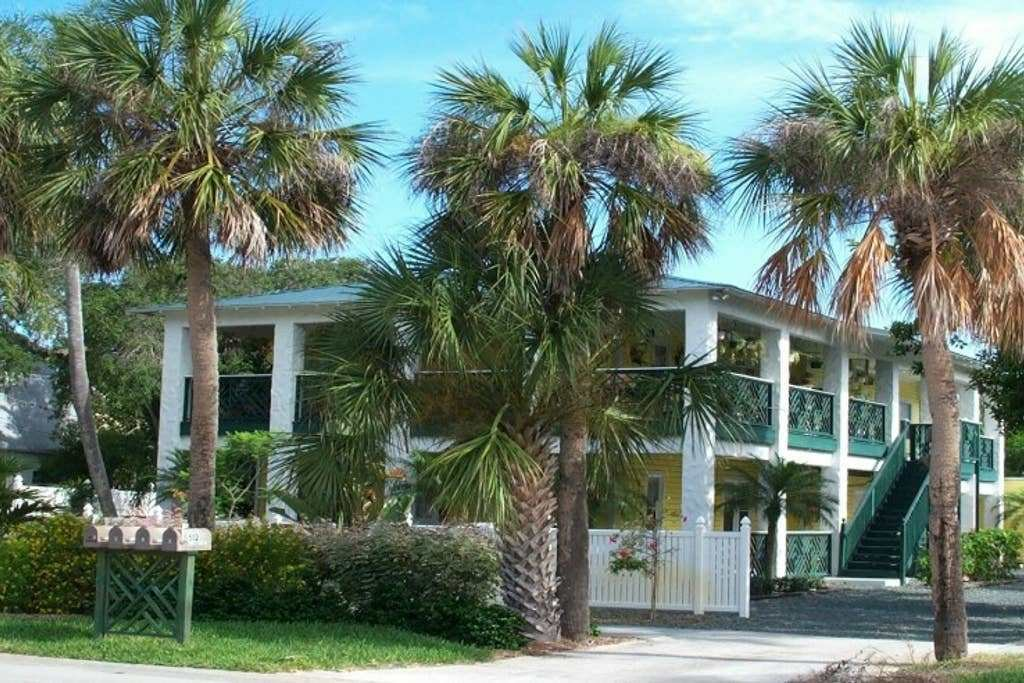 Best Two Bedroom Vacation Apartment Apartments For Rent In Melbourne Beach Florida United States With Pictures