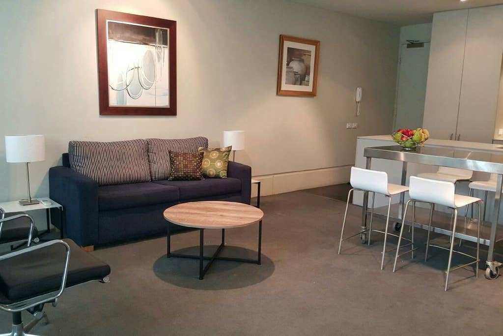 Best Spacious One Bedroom Apartment In Sydney Apartments For With Pictures