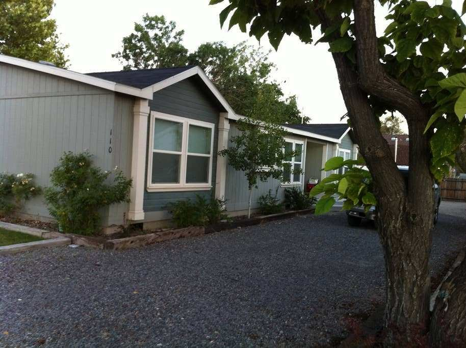 Best Cozy 3 Bedroom 2 Bath In Downtown Houses For Rent In With Pictures