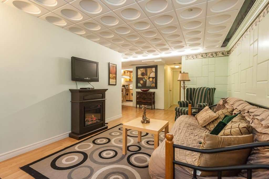 Best Uptown 1 Bedroom Apt Basement York University Apartments With Pictures