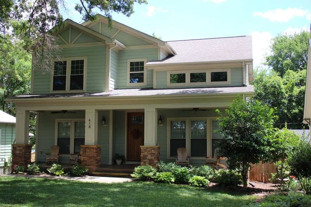 Best 4 Bedroom Home Over Looking Uptown Houses For Rent In With Pictures