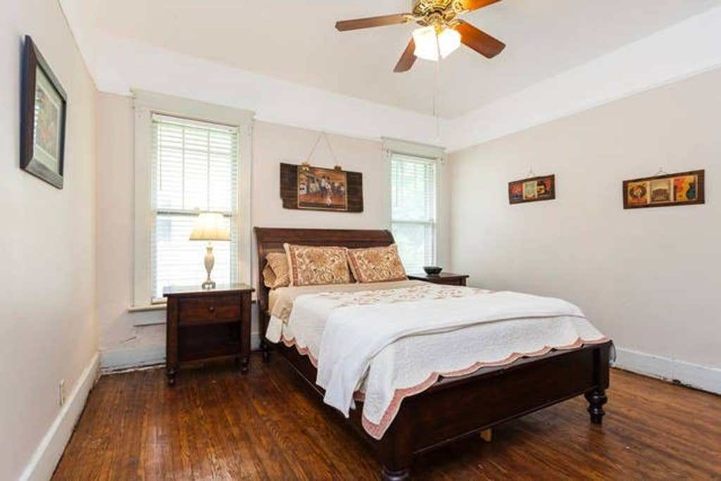 Best Comfortable Bedroom R East Nashville Houses For Rent With Pictures