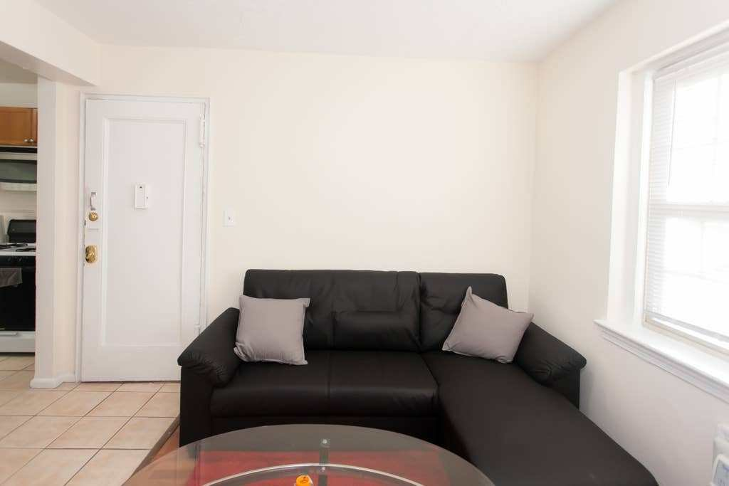 Best One Bedroom Apartment In Adams Morgan Dc Apartments For With Pictures
