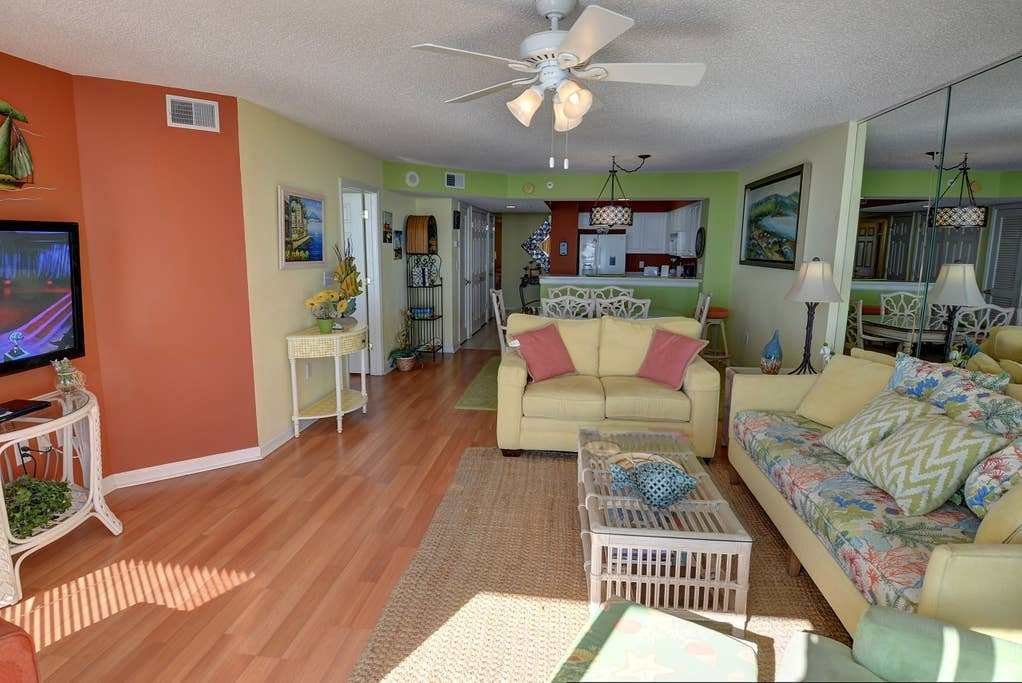 Best Charming Oceanfront 3 Bedroom 3 Bathrooms Condo With Pictures