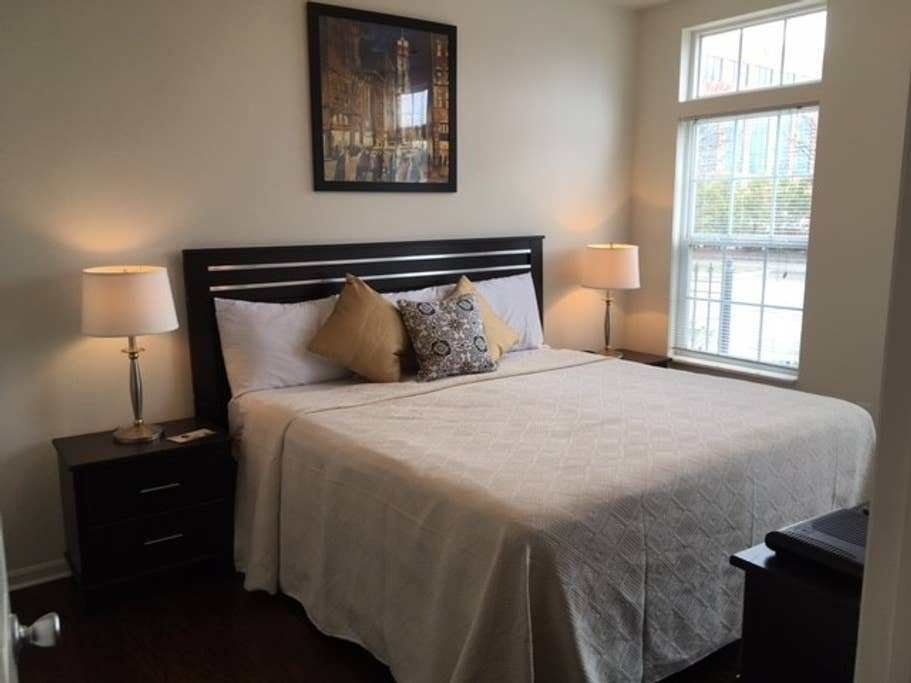Best 1 Bedroom Garage At Easton Commons Apartments For Rent With Pictures