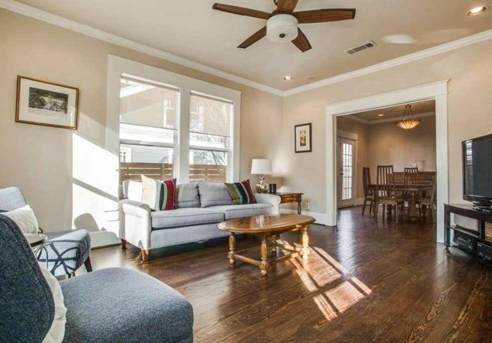 Best 3 Bedroom 2 Bath House Right By Dallas Nightlife Houses With Pictures