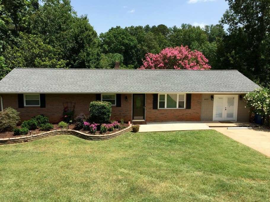 Best Lake Hickory Waterfront Retreat Houses For Rent In With Pictures
