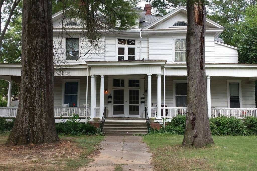 Best 1 Bedroom Upstairs Apartment Historic Home Apartments For Rent In Rock Hill South Carolina With Pictures