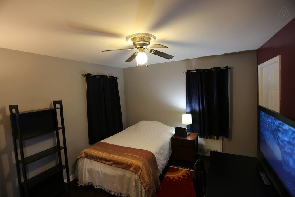 Best Neat Clean Room Close To Lij Hospital And Lirr Houses With Pictures