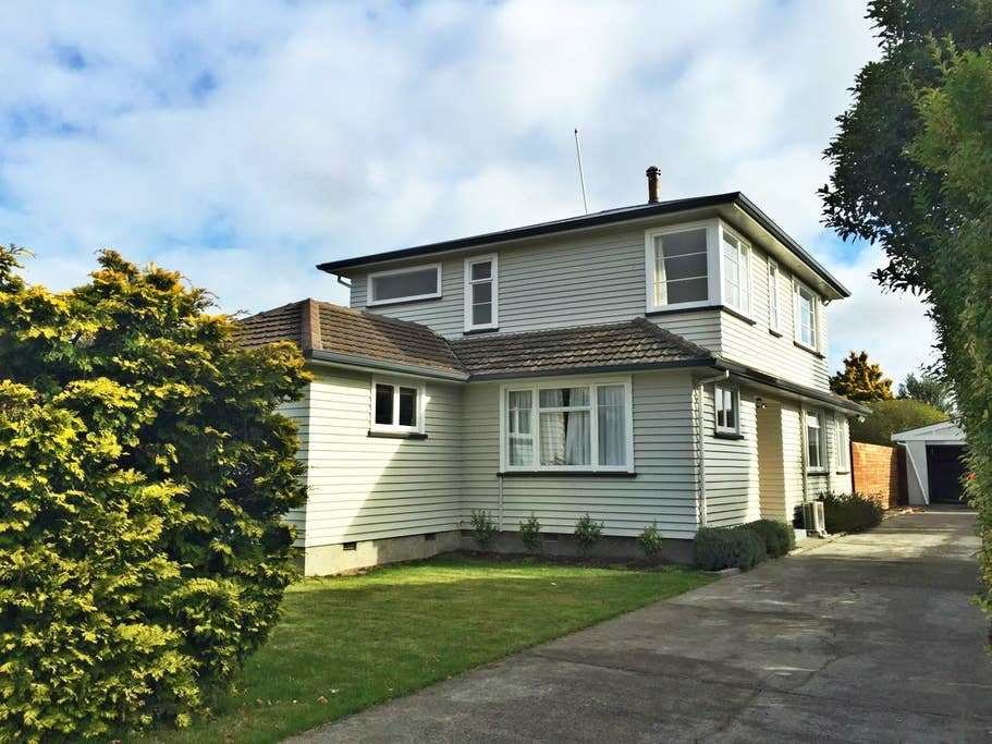 Best Mahogany House Houses For Rent In Christchurch With Pictures