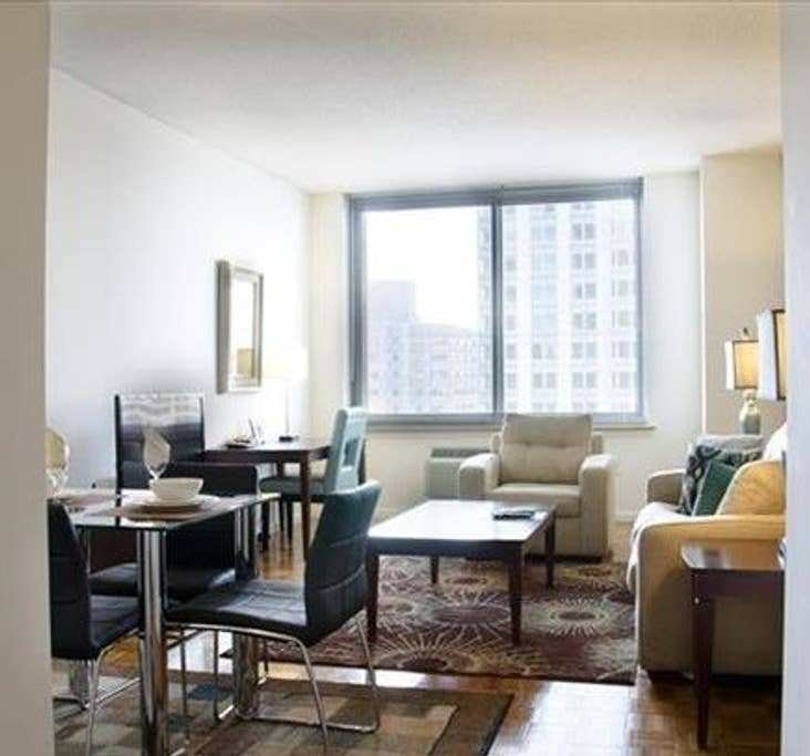 Best 1423 1 Luxury 1 Bedroom Jersey City High Rise With Pictures
