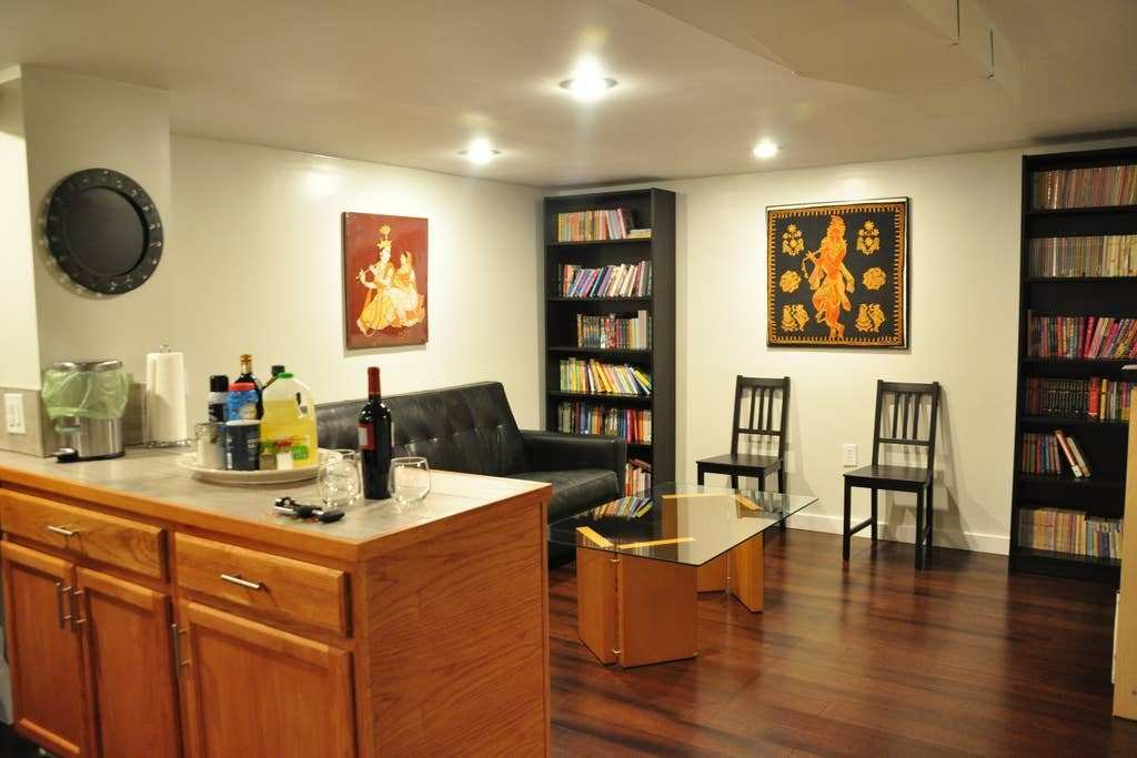 Best Bright Ballard Accessible 1 Bedroom Basement Apt With Pictures