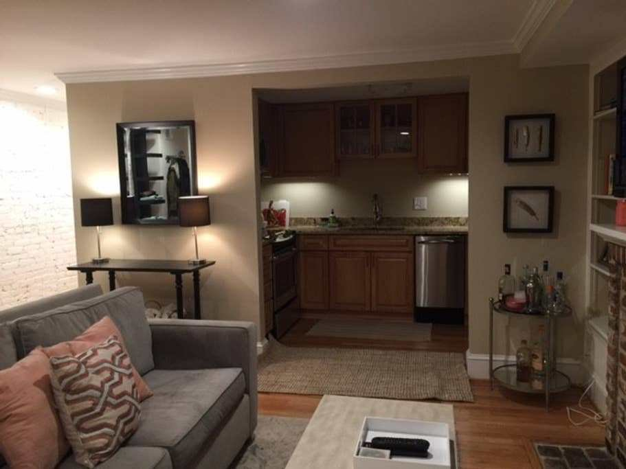 Best 1 Bedroom In Beautiful Apartment Great Location With Pictures