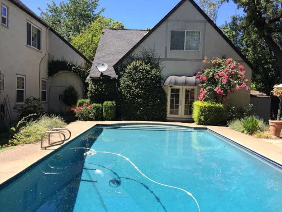 Best Poolside Studio Apartment Guest Suites For Rent In Chico With Pictures