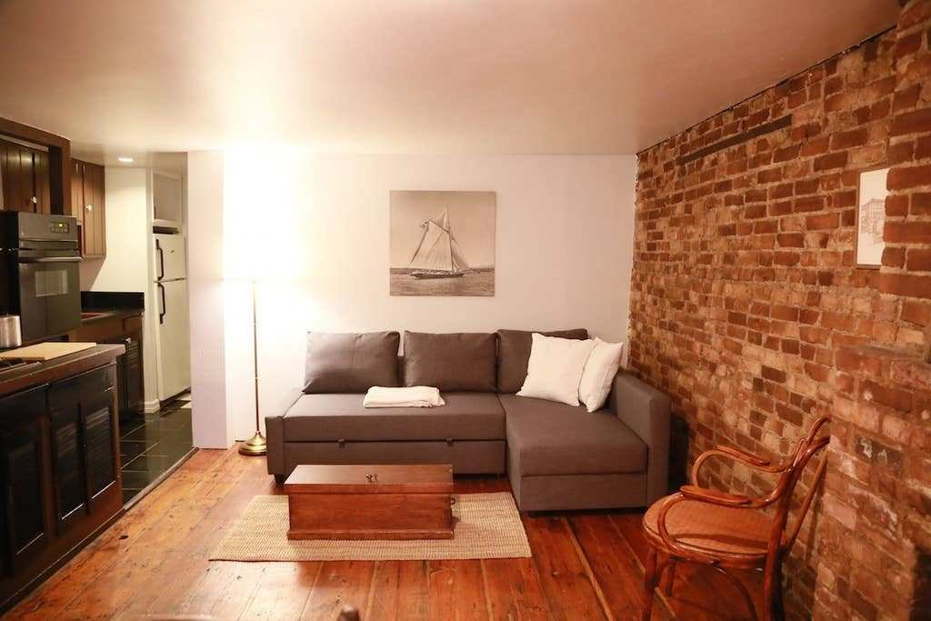 Best One Bedroom Garden Apartment In Prime Brooklyn With Pictures