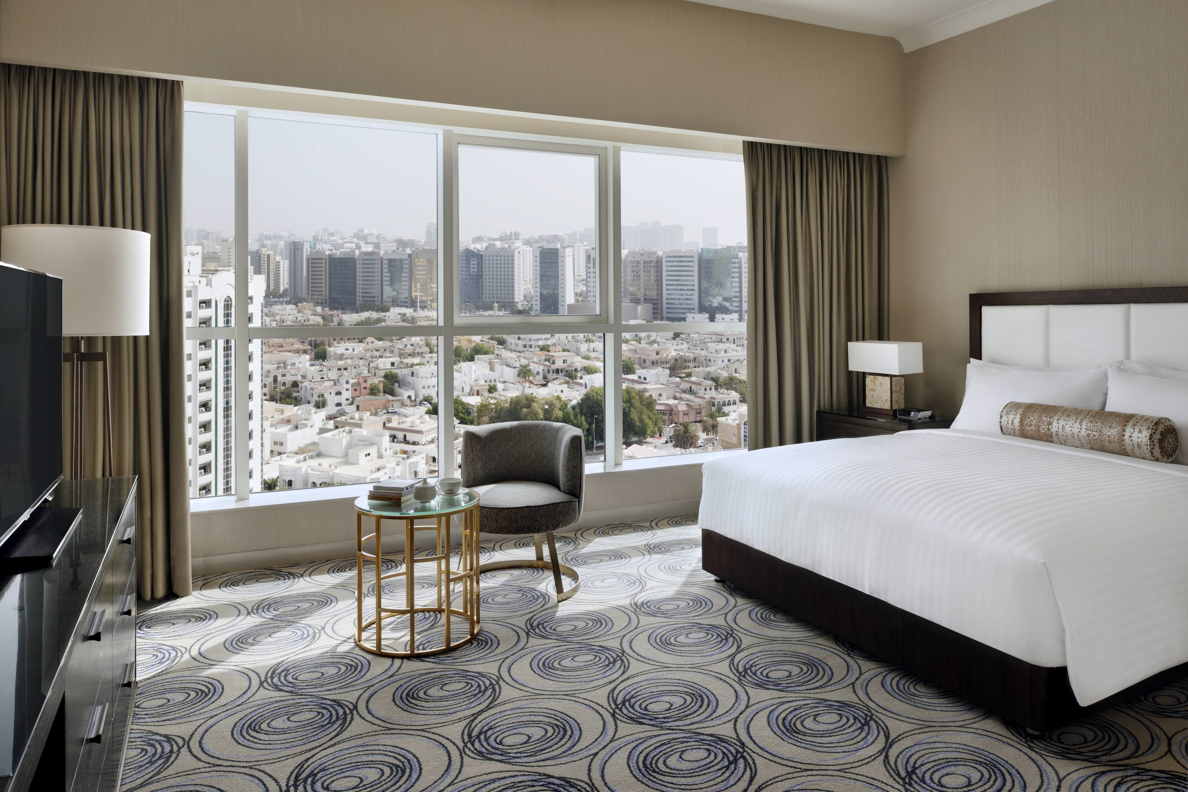 Best Hotel Rooms Amenities Marriott Executive Apartments With Pictures