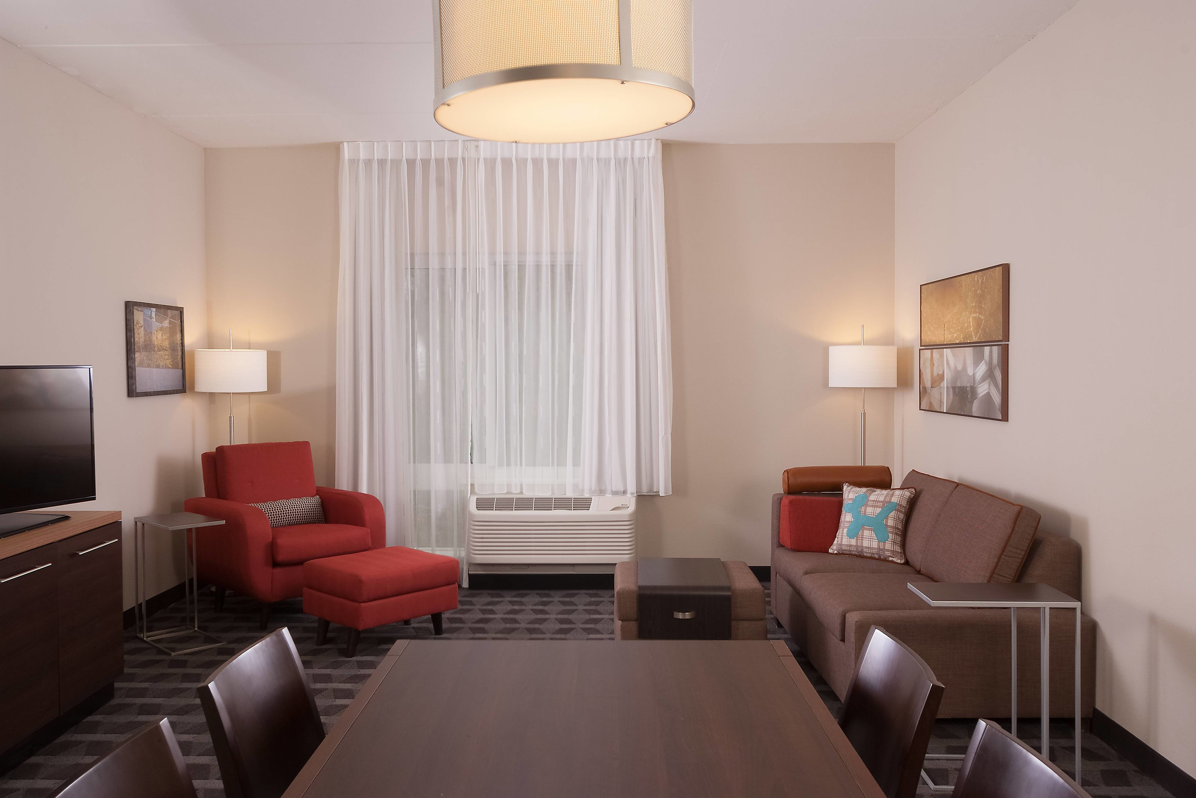 Best Hotel Rooms Amenities Towneplace Suites Charleston Airport Convention Center With Pictures
