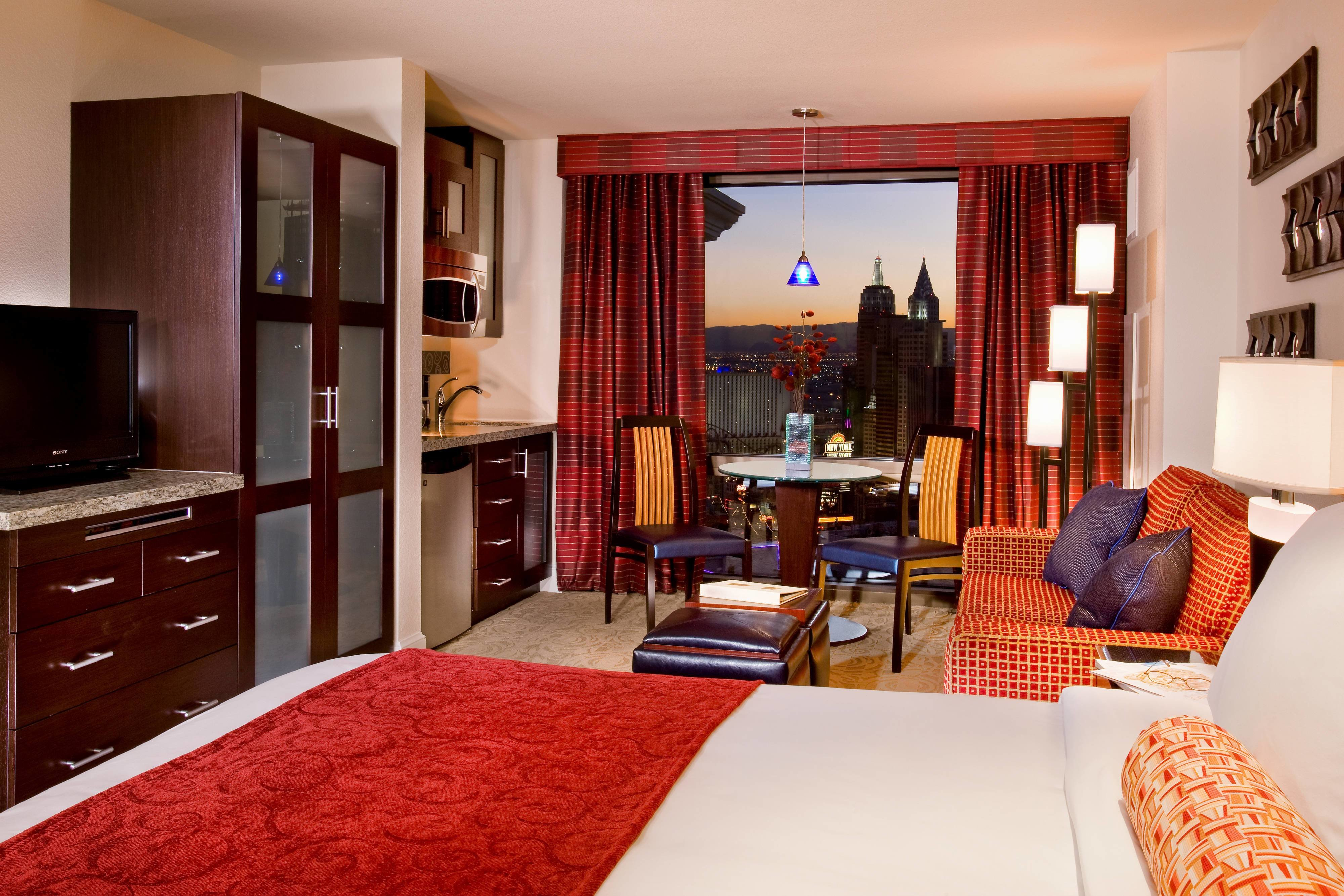 Best Villas In Las Vegas Marriott S Grand Chateau With Pictures