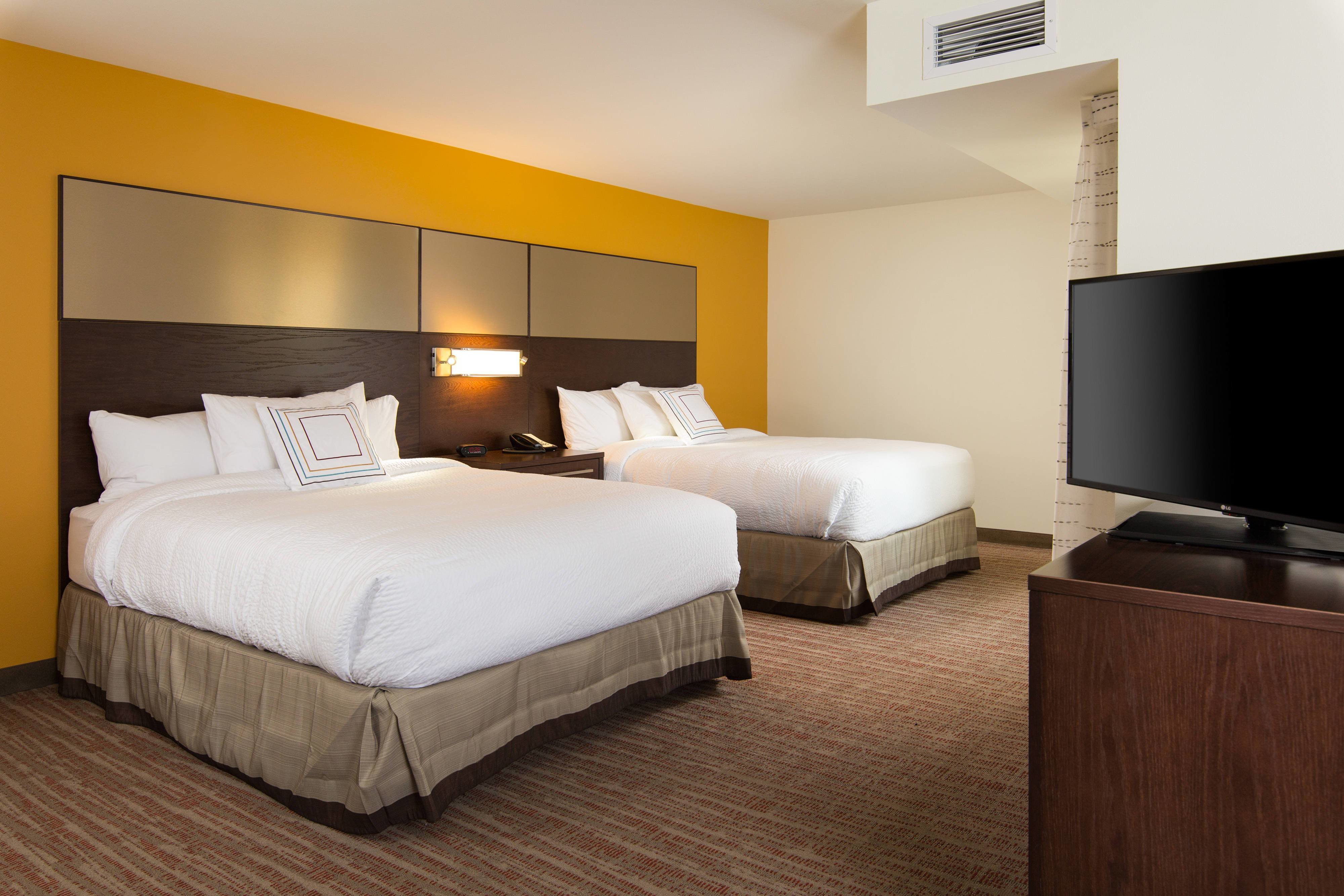 Best Hotel Rooms Amenities Residence Inn Kansas City At The With Pictures