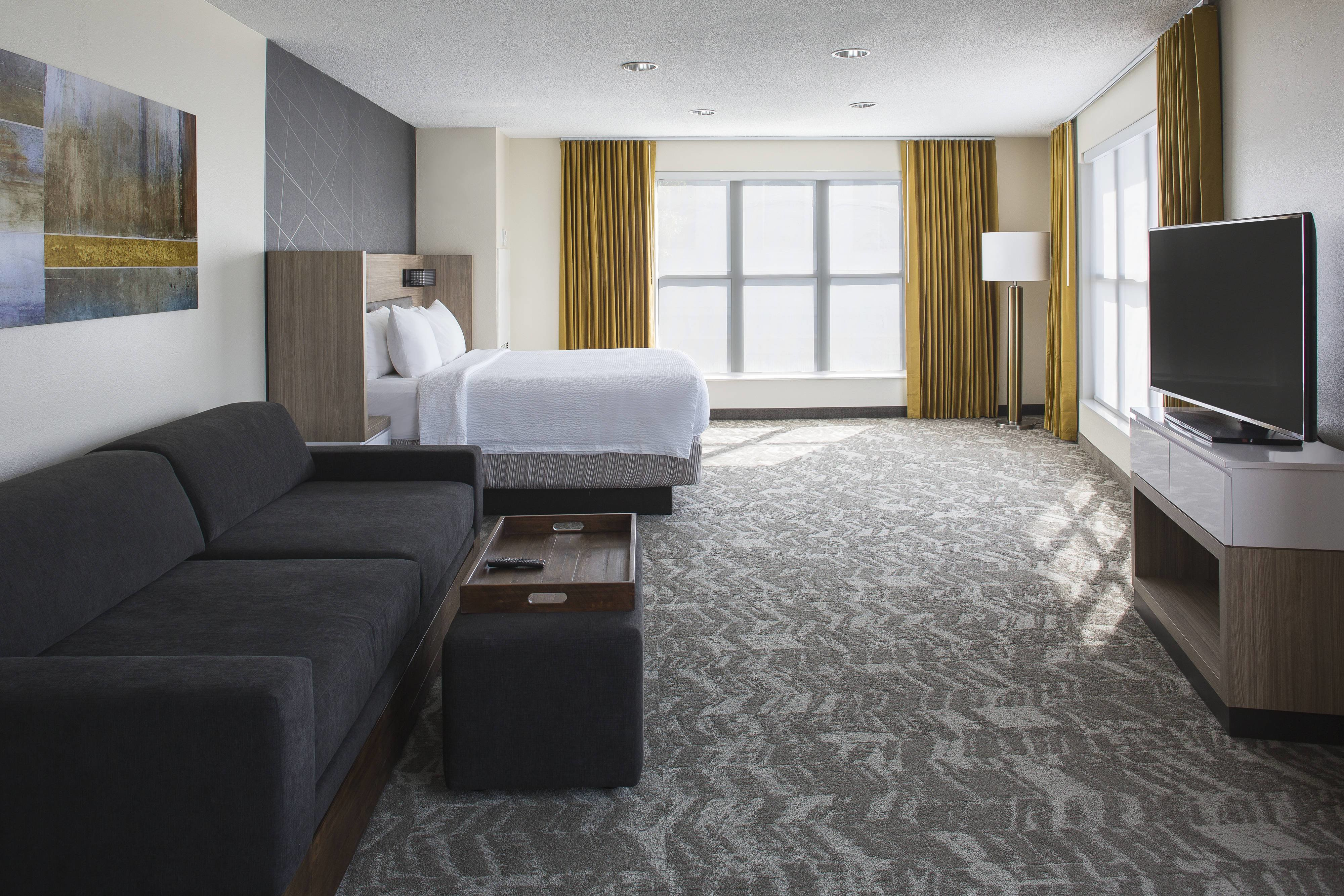 Best Downtown Hotels In New Orleans Springhill Suites New With Pictures