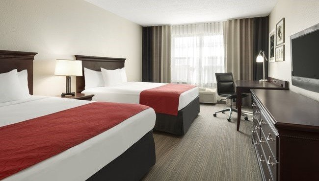 Best Kansas City Hotels With 2 Bedroom Suites Online Information With Pictures