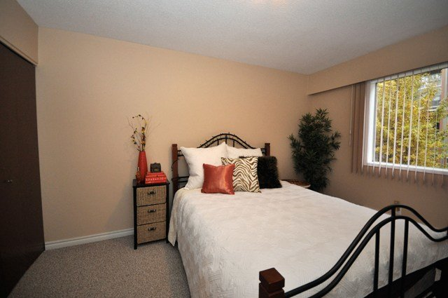 Best Kelowna Apartments On Pandosy Pandosy Square Apartments Kelson Group With Pictures