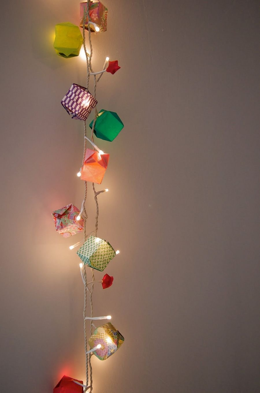 Best A Season For Stirring Radiance 15 Diy String Light Crafts With Pictures