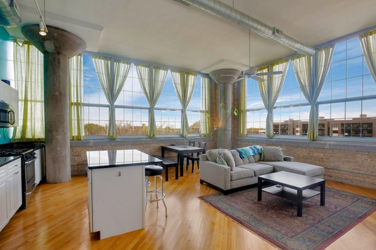 Best Two Bedroom Condo In North Center's Old Bell Howell With Pictures