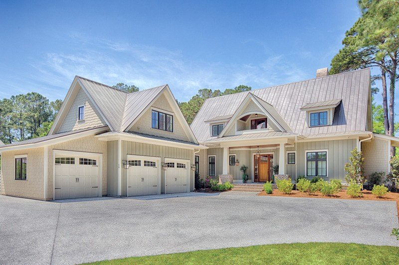 Best Farmhouse Style House Plan 4 Beds 4 5 Baths 3292 Sq Ft Plan 928 10 With Pictures