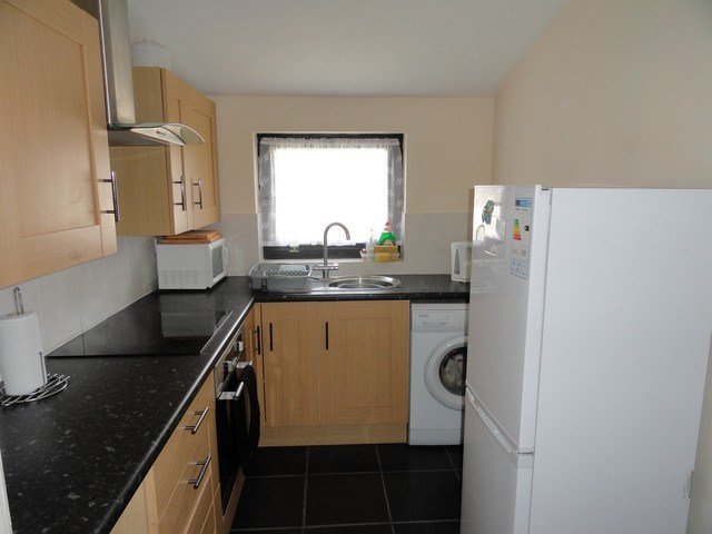 Best Flat For Rent In Granby Court Bletchley Milton Keynes With Pictures