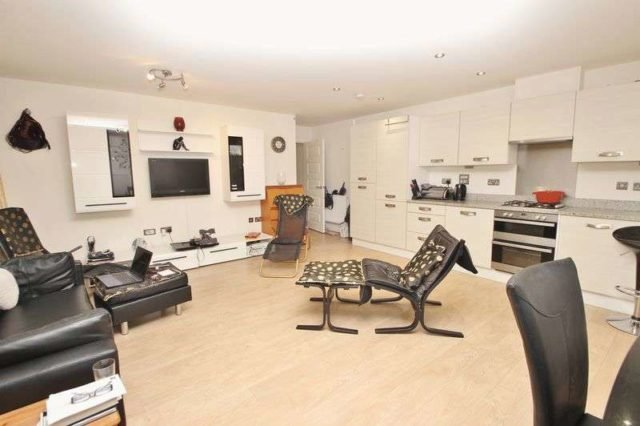 Best Branksome Wood Road Bournemouth 2 Bedroom Flat For Sale Bh2 With Pictures