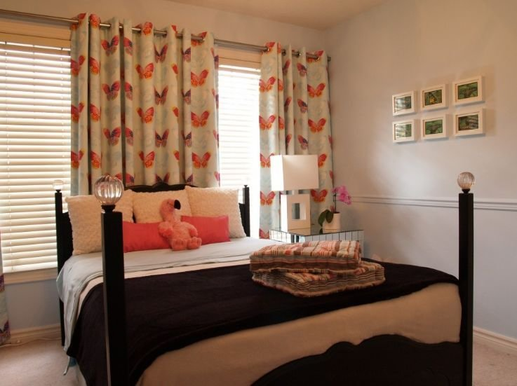 Best How To Decorate A Young Woman S Bedroom With Pictures