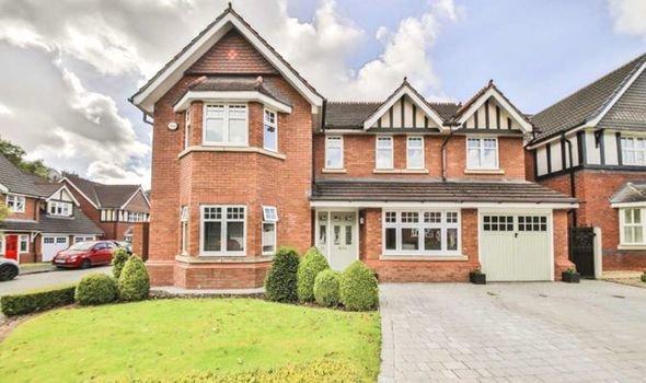 Best House For Sale Four Bedroom Home In Blackburn Is Hiding With Pictures