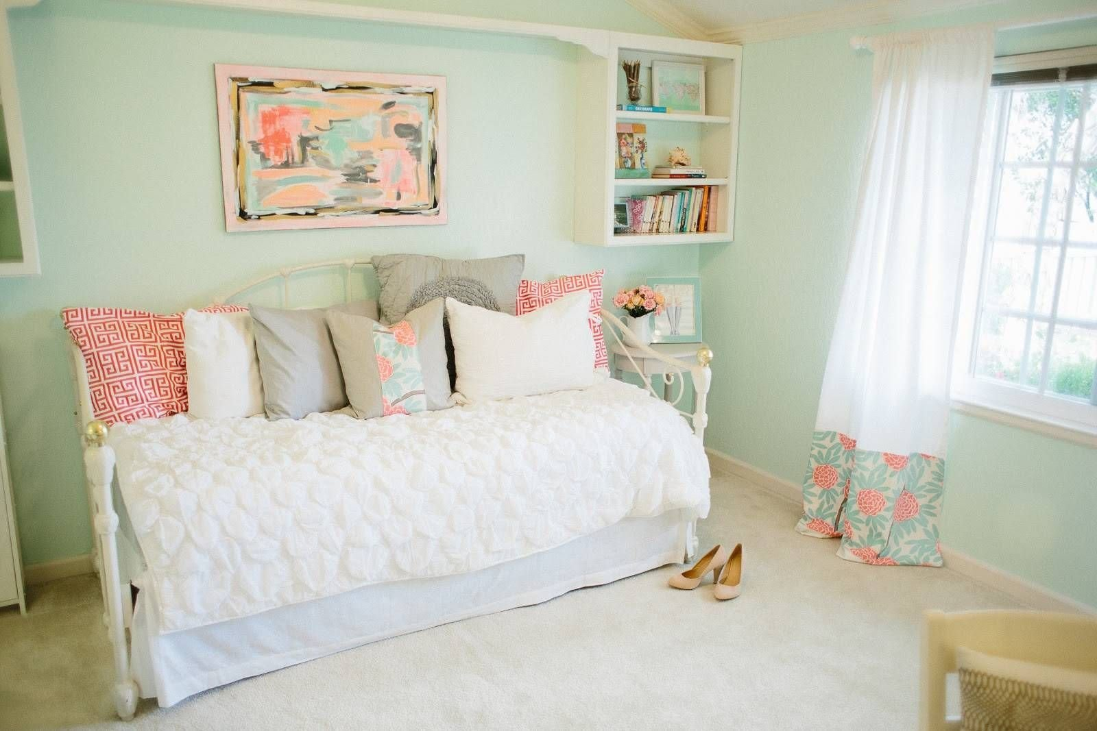 Best Mint Green And Pink Bedroom Scheme — Fres Hoom With Pictures