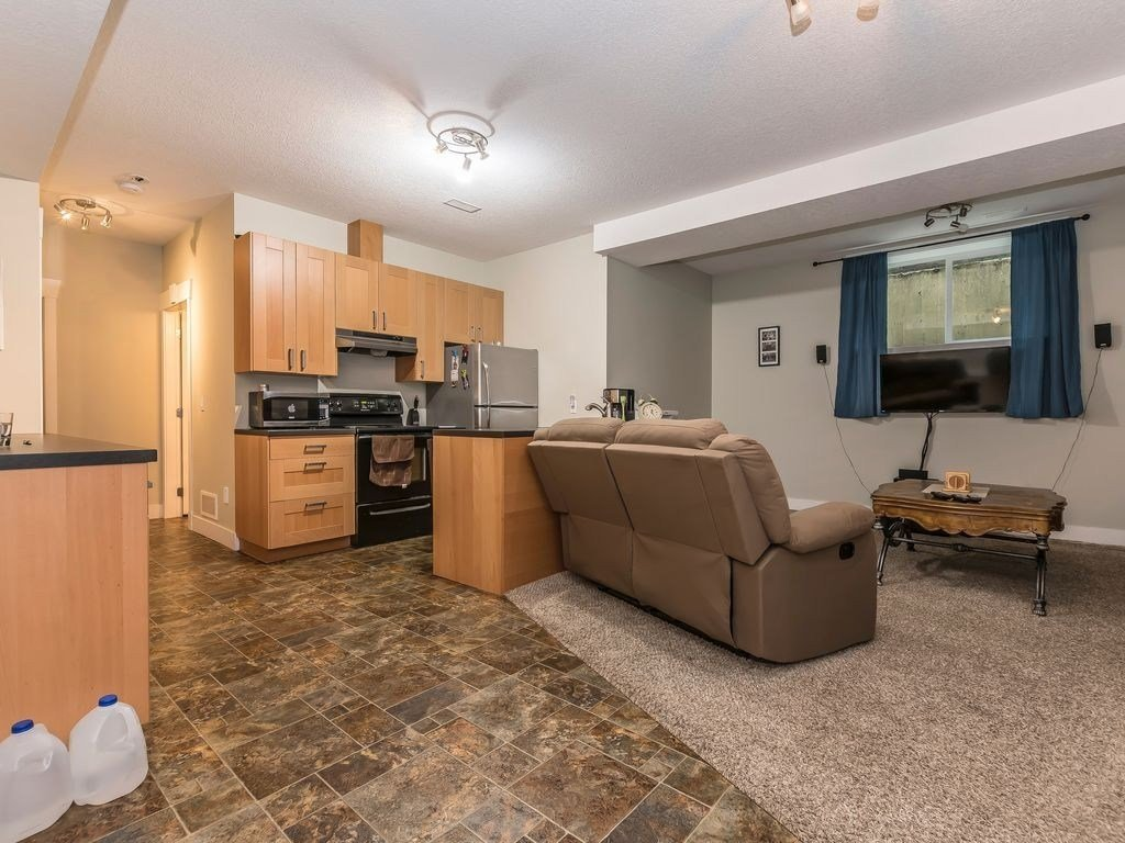 Best Lovely 2 Bedroom Basement For Rent In Etobicoke With Pictures