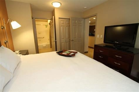 Best Hampton Inn Suites Seattle Downtown 2018 Room Prices With Pictures