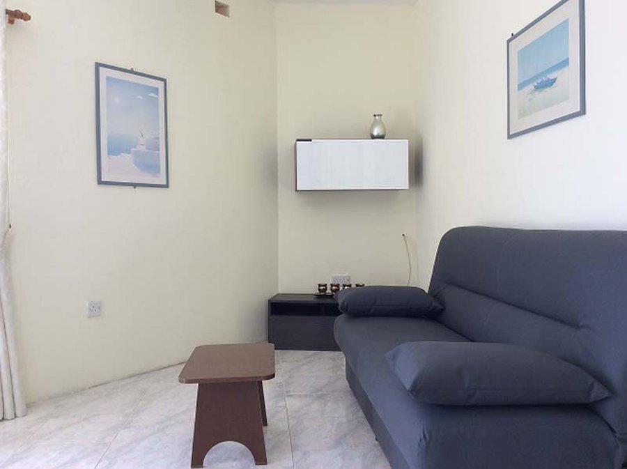 Best 2 Bedroom Apartment Xaghjra €500 For Rent Apartments With Pictures