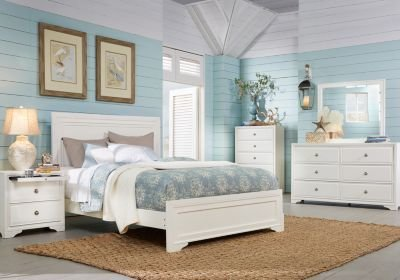 Best Belcourt White 5 Pc Queen Panel Bedroom Queen Bedroom With Pictures