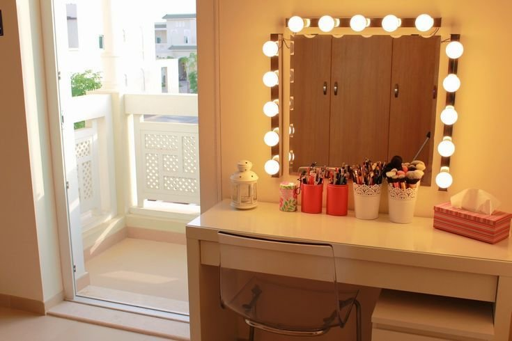 Best 25 Mirror With Light Bulbs Ideas On Pinterest With Pictures