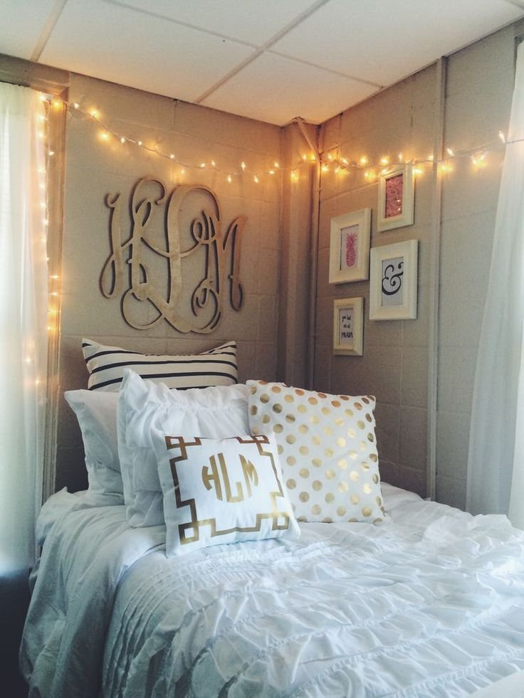 Best 25 Dorm Room Themes Ideas On Pinterest College With Pictures
