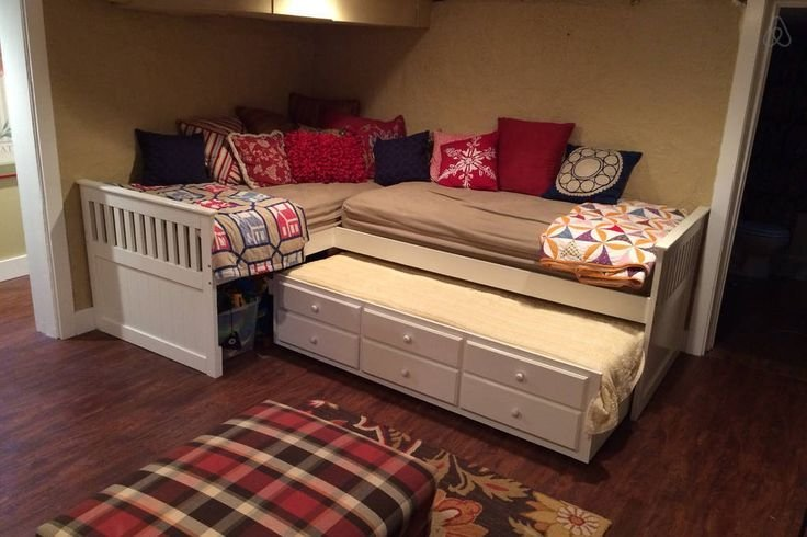 Best Triple Trundle Bed Google Search Cabin Interiors Kids Bedroom Bed Kid Beds With Pictures