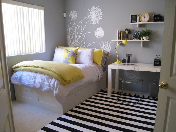Best 45 Inspiring Small Bedrooms Interior Options Small Room Bedroom Girl Bedroom Designs With Pictures