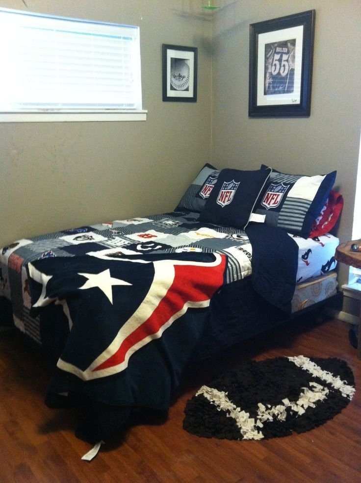 Best 61 Best Johnathan Nfl Bedroom Ideas Images On Pinterest With Pictures